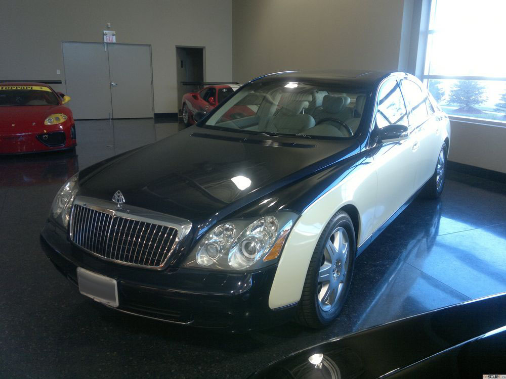 Maybach Vinyl Car Wrap