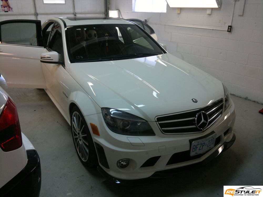 Mercedes c63 gloss black roof wrap vehicle customization for Mercedes benz body shop miami