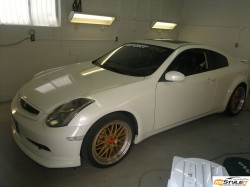 Infiniti G35. Factory white color is about to be transformed into Matte White