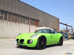 Pontiac Solstice Lime Green Wrap