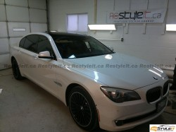 BMW 7 series gloss black roof wrap