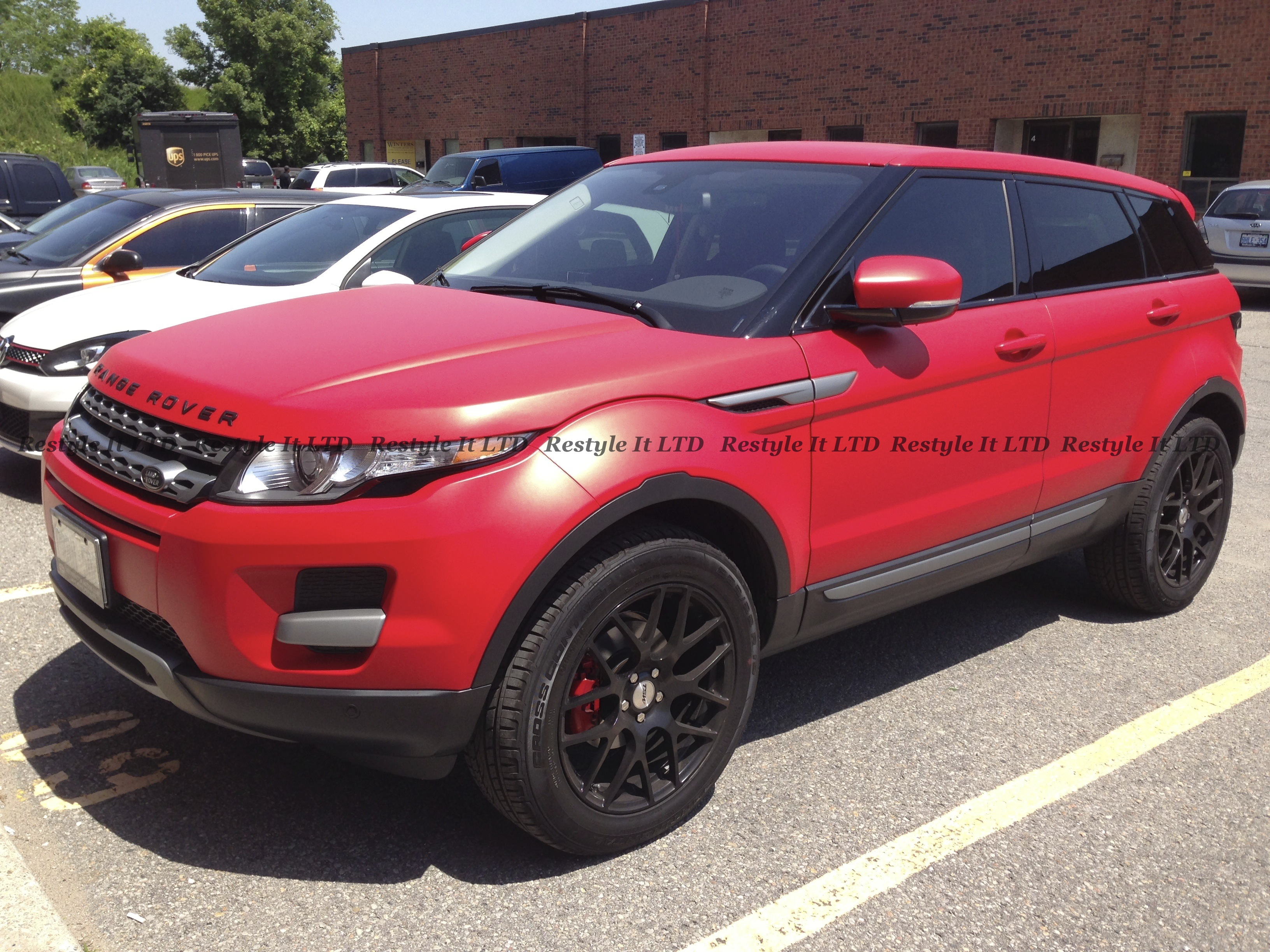 matte cardinal red range rover evoque vehicle customization shop vinyl car wrap car wrap. Black Bedroom Furniture Sets. Home Design Ideas