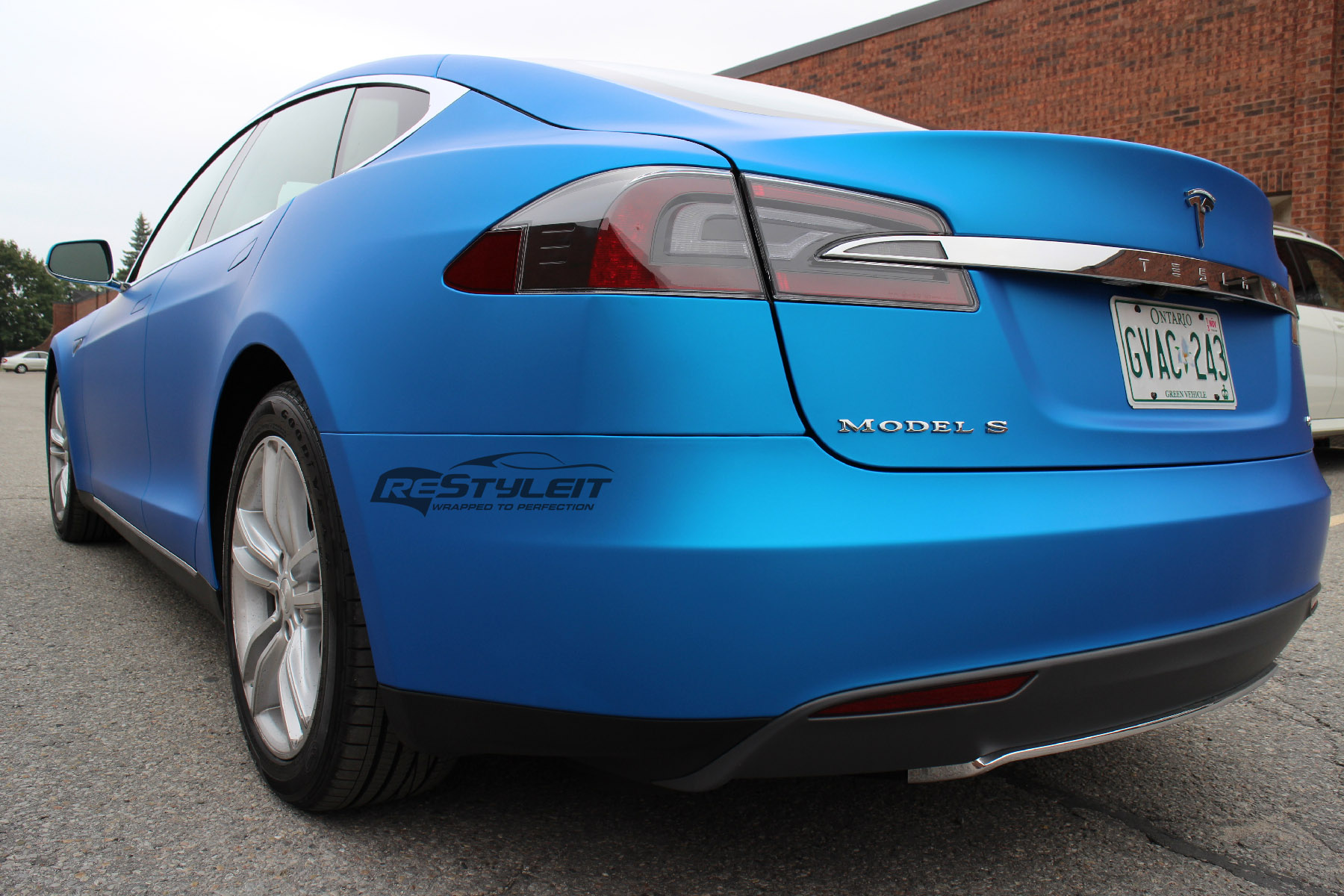 Matte Blue Aluminum Tesla Model S | Vehicle Customization ...