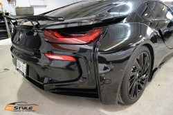 Gloss Black BMW I8