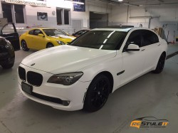 Satin White BMW 750