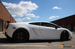 Satin White Lamborghini Gallardo
