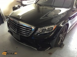 Chrome mirrors and front end clear protection on Mercedes S63