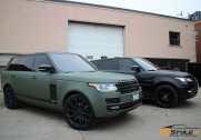 Matte Military Green Range Rover Full Size