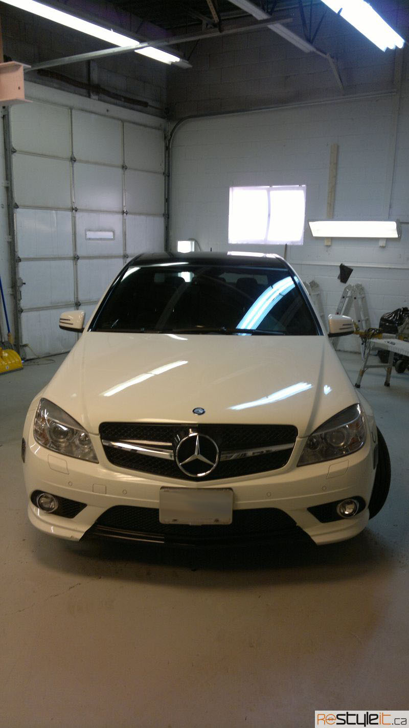 Mercedes Benz C300 Gloss Black Roof Wrap Vehicle